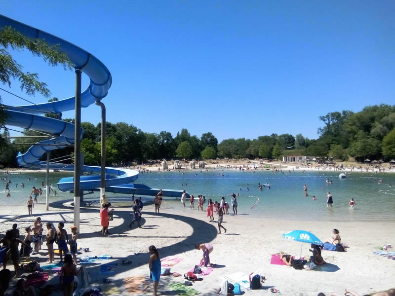 Ile de loisirs de cergy pontoise parc d 39 attractions en for Piscine rue de pontoise