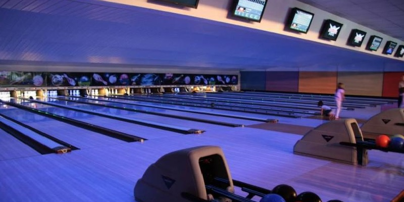 bowling-center-cap-malo