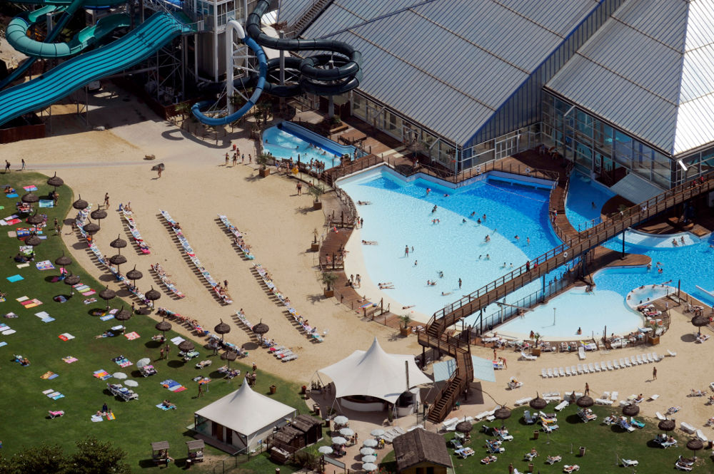 Aquaboulevard paris parc aquatiques en paris proxifun for Piscine forest hill