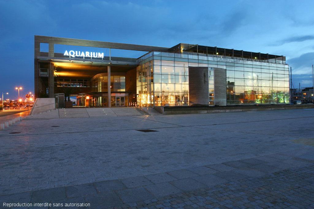 aquarium la rochelle a la une zoo aquarium en. Black Bedroom Furniture Sets. Home Design Ideas